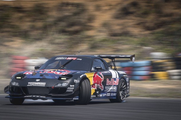 Mad Mike Whiddet performs at the formula drift championship Ebisu circuit, Ebisu Japan on June 10, 2017 // Miles Holden / Red Bull Content Pool // P-20170613-00446 // Usage for editorial use only // Please go to www.redbullcontentpool.com for further information. //